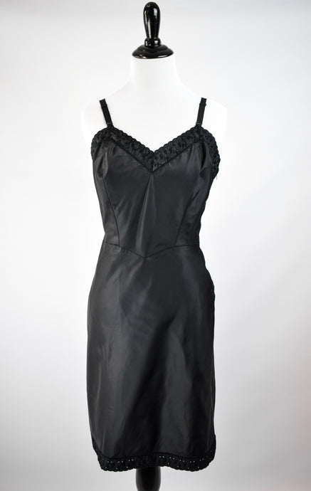 1950s Black Lace Trimmed Barbizon Slip
