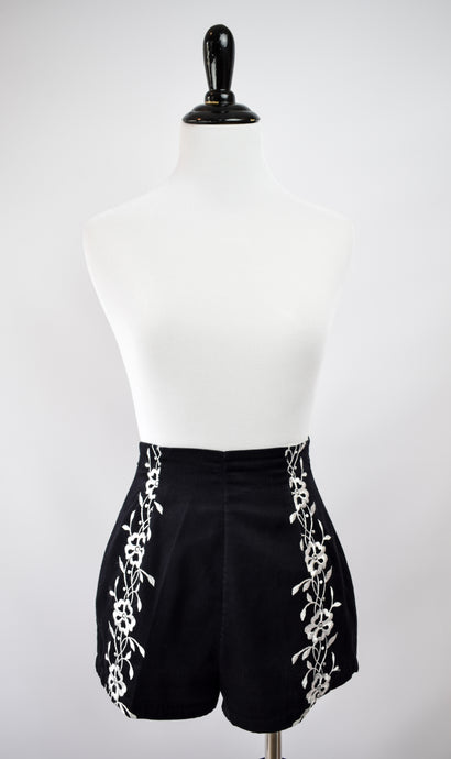 1950s Black Floral Embroidered Shorts