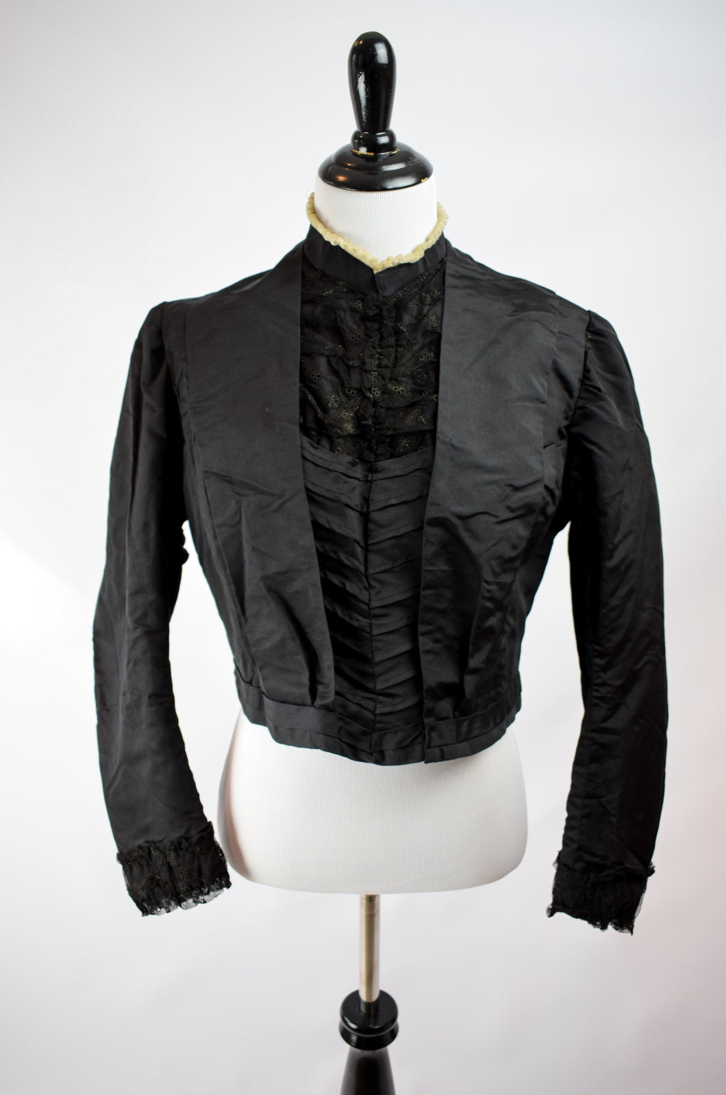 1890s Victorian Mourning Pleat Front Bodice