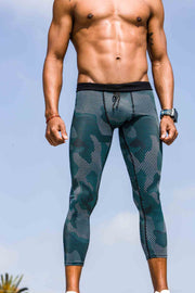 """Decision Camo"" Dynamic Tights"