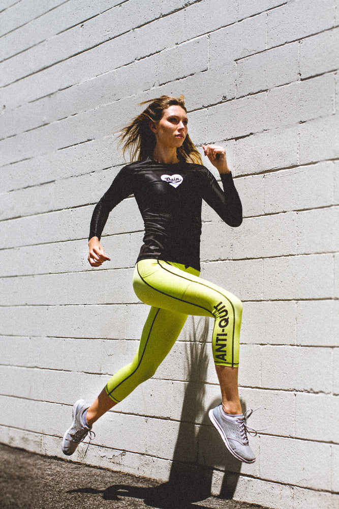 """Fluorescent"" Anti-Quit PowerRun Capri Leggings"