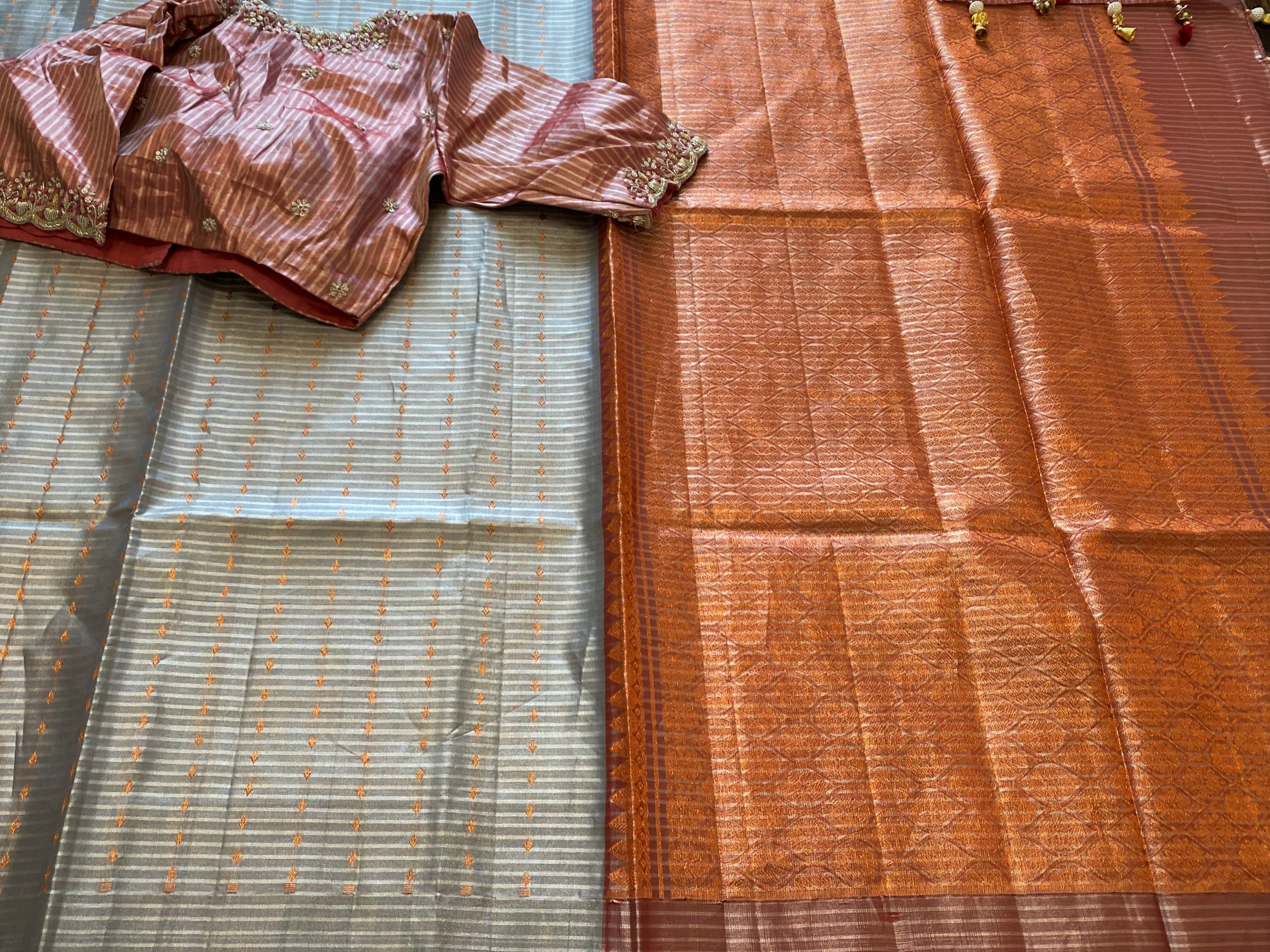 Grey and Peach Borderless Kanchi Tissue saree