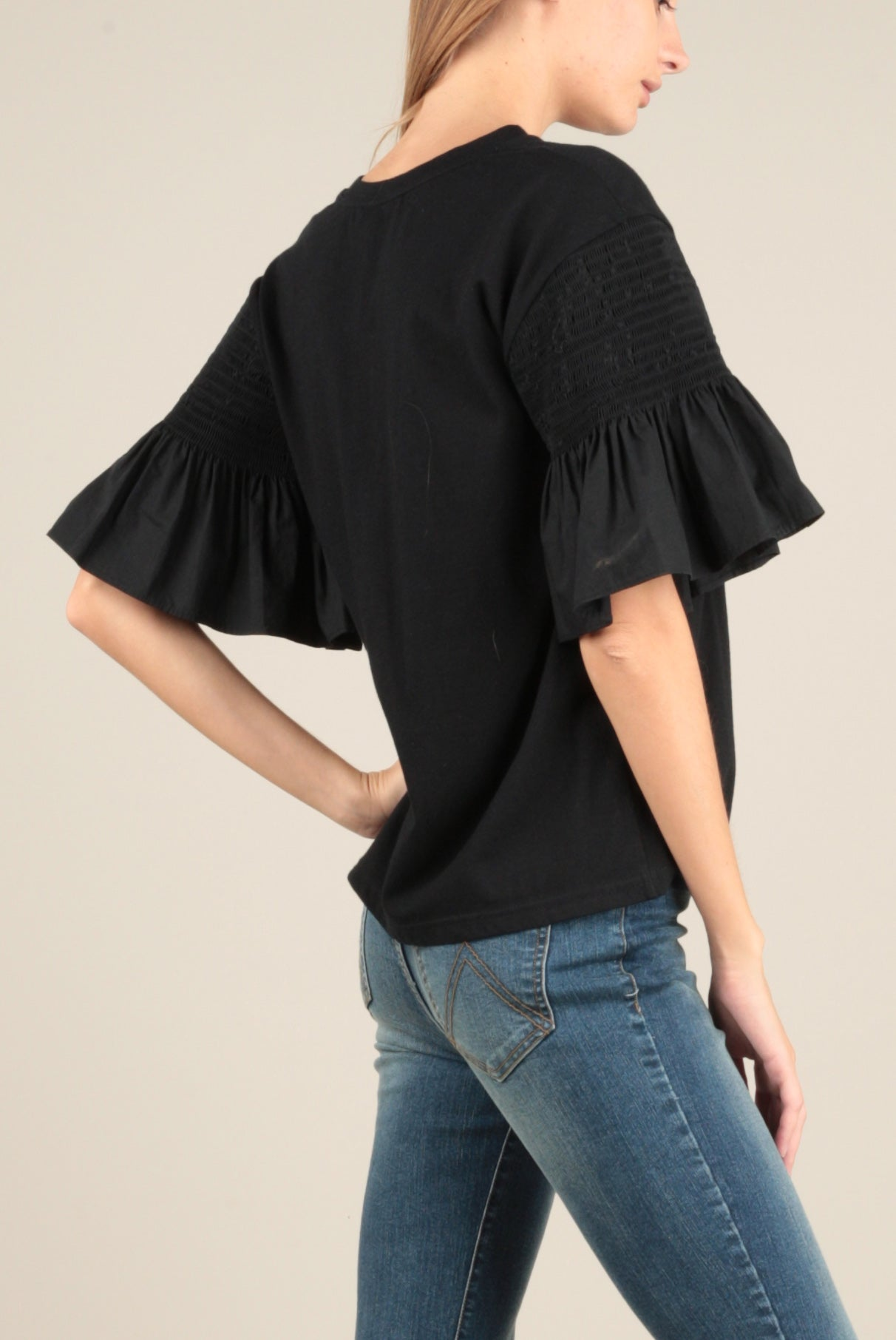 Flutter Sleeve Top In Black