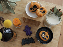 Set of 10 Halloween Soy Candle (9oz) Favor (Free Shipping)