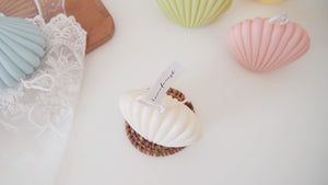 Clam shell Pillar Soy Candle