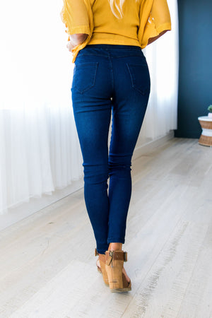 Easy Living Jeggings In Dark Wash - ALL SALES FINAL