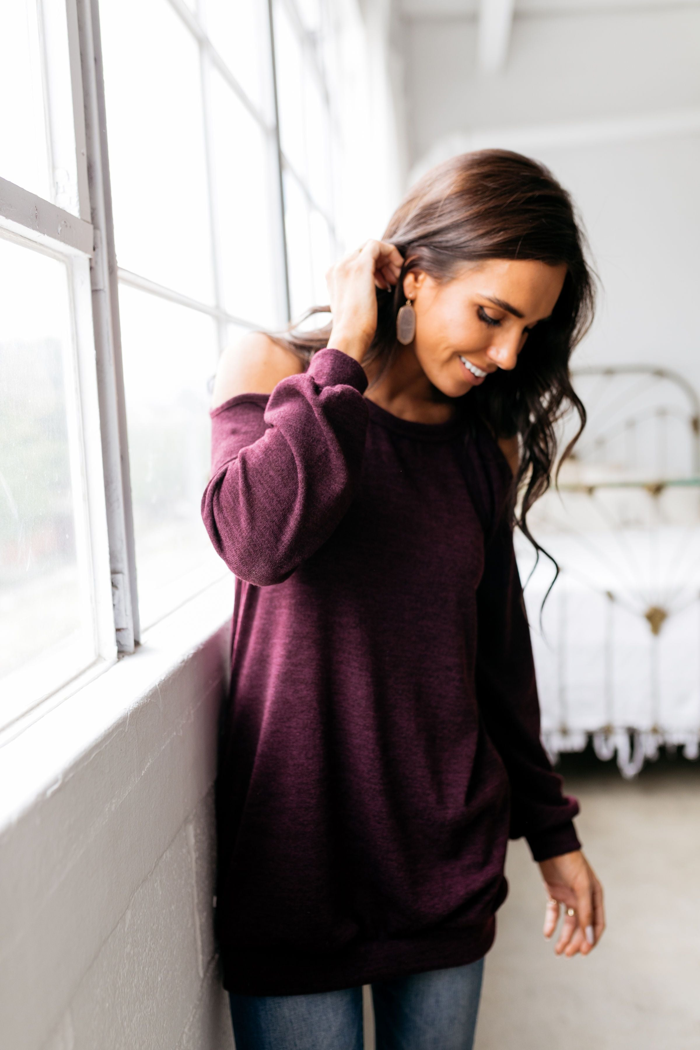 Dare To Bare Pocketed Top In Eggplant