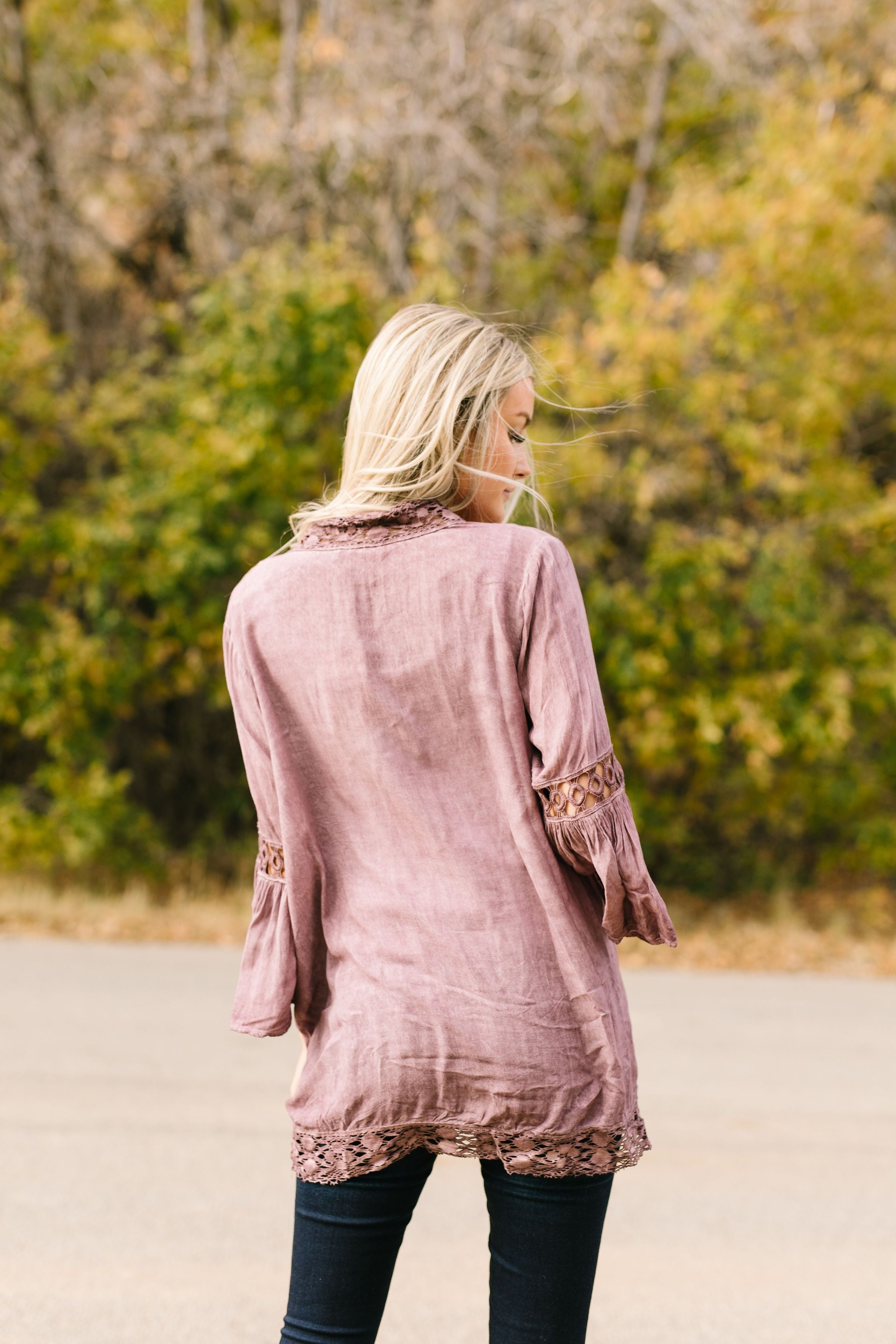 Kimberly Lace Trimmed Kimono In Mauve - ALL SALES FINAL
