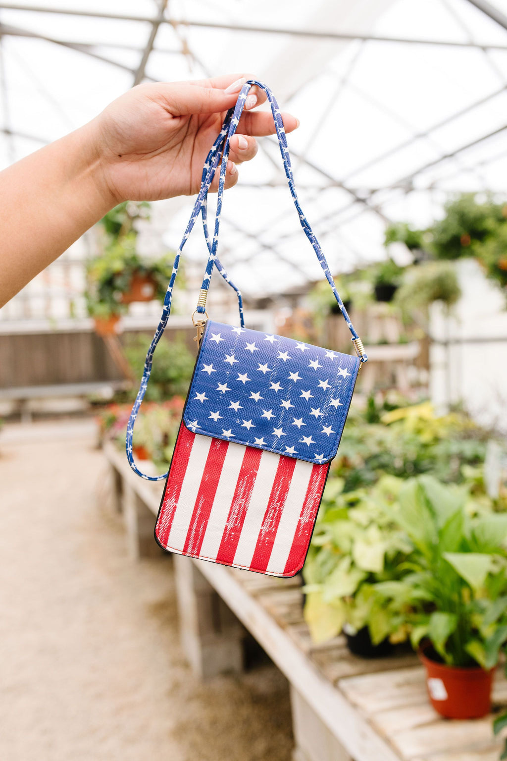 Proud To Be American Cell Phone Bag