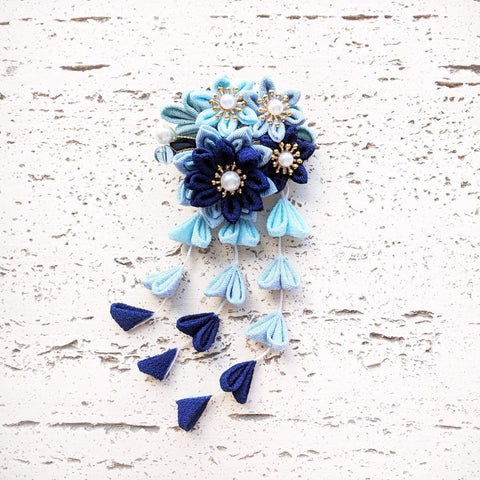 Blooming Flowers Dangling Hair Clip - Kimono Hair Accessories
