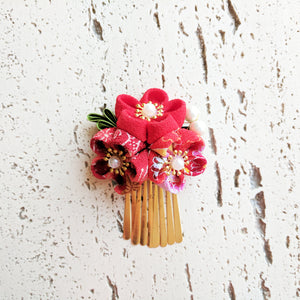 Plum Blossom Hair Clip with Gold Fringes ( Discontinued )