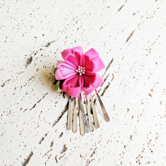 Sakura Hair Clip with Silver Fringes ( Discontinued )