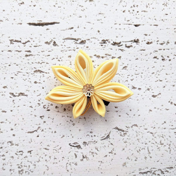 Japanese Kanzashi Fall Leaf Hair Clip - Yellow