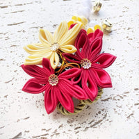 Japanese Kanzashi Fall Leaves Hair Comb - Closeup