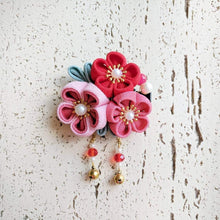 Japanese Kanzashi Spring Garden Blossoms Hair Clip for Kimono - Red
