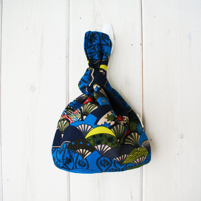 Japanese Knot Bag Fans Blue