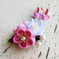 Kanzashi Plum Blossoms Dangle Hair Clip for Japanese Kimono - Closeup