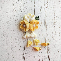 Kanzashi Plum Blossoms Dangle Hair Clip for Japanese Kimono - Yellow