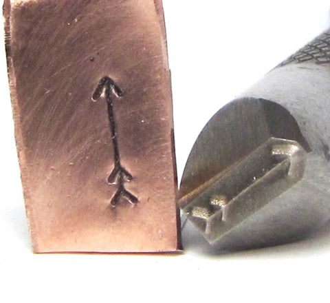 Big Arrow, design stamp, Great detail, metal stamping, 3 mm x 2.5 mm - Romazone