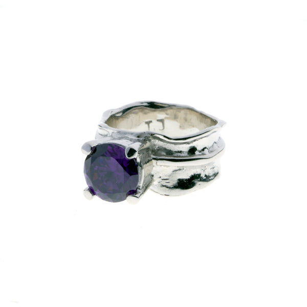 Silver ring with zirconia stone - Purple