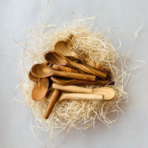 Tiny Olive Wood Salt Spoon (7cm) - Ettiene Market