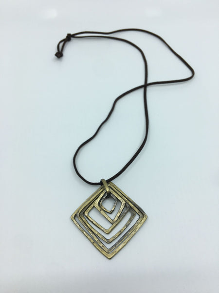 NECKLACE N012