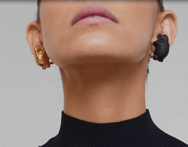 Elephant earrings with Black Wood and 9k Gold wt. 20.25 g.
