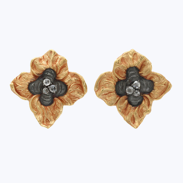 Repousse Persimmon earrings with Diamond