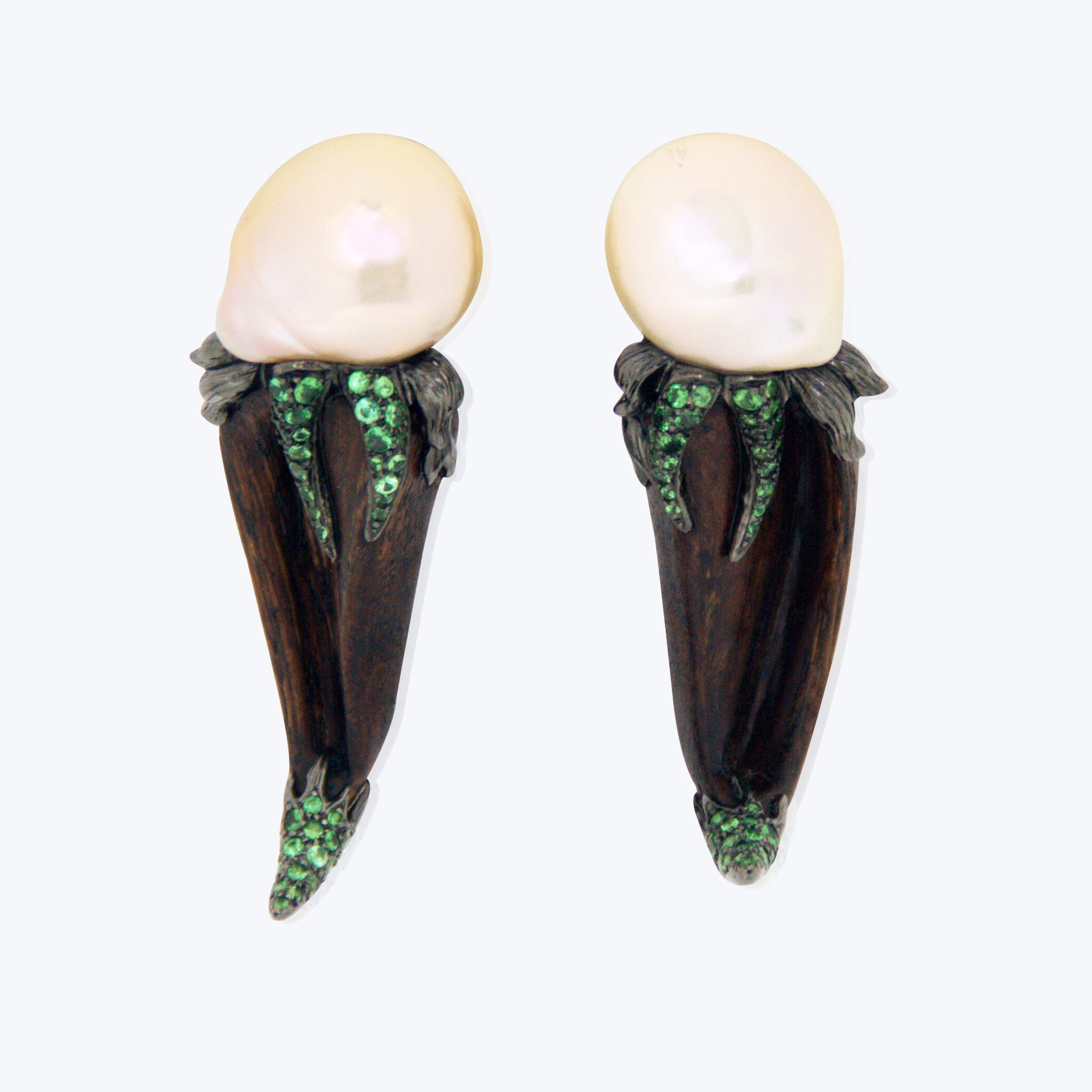 Crazy Wood Earrings with Pearl and Tsavorite