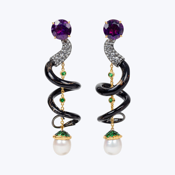 Spiral Earrings with Amethyst and Pearl wt. 36.38 g.