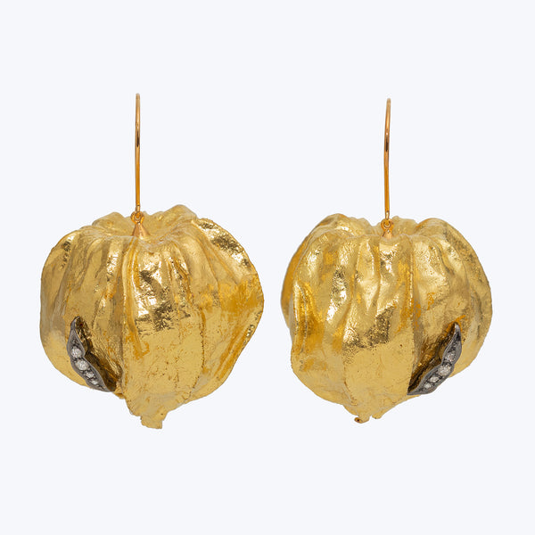 Cape Gooseberry Earrings with Diamond wt. 13.94 g.