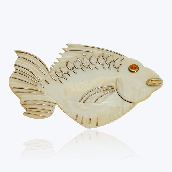 Small Mother of Pearl Fish Plate