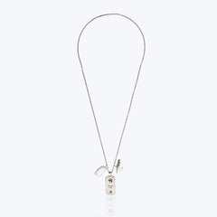 Silver Plated Necklace Decorated with Pearl and Shell
