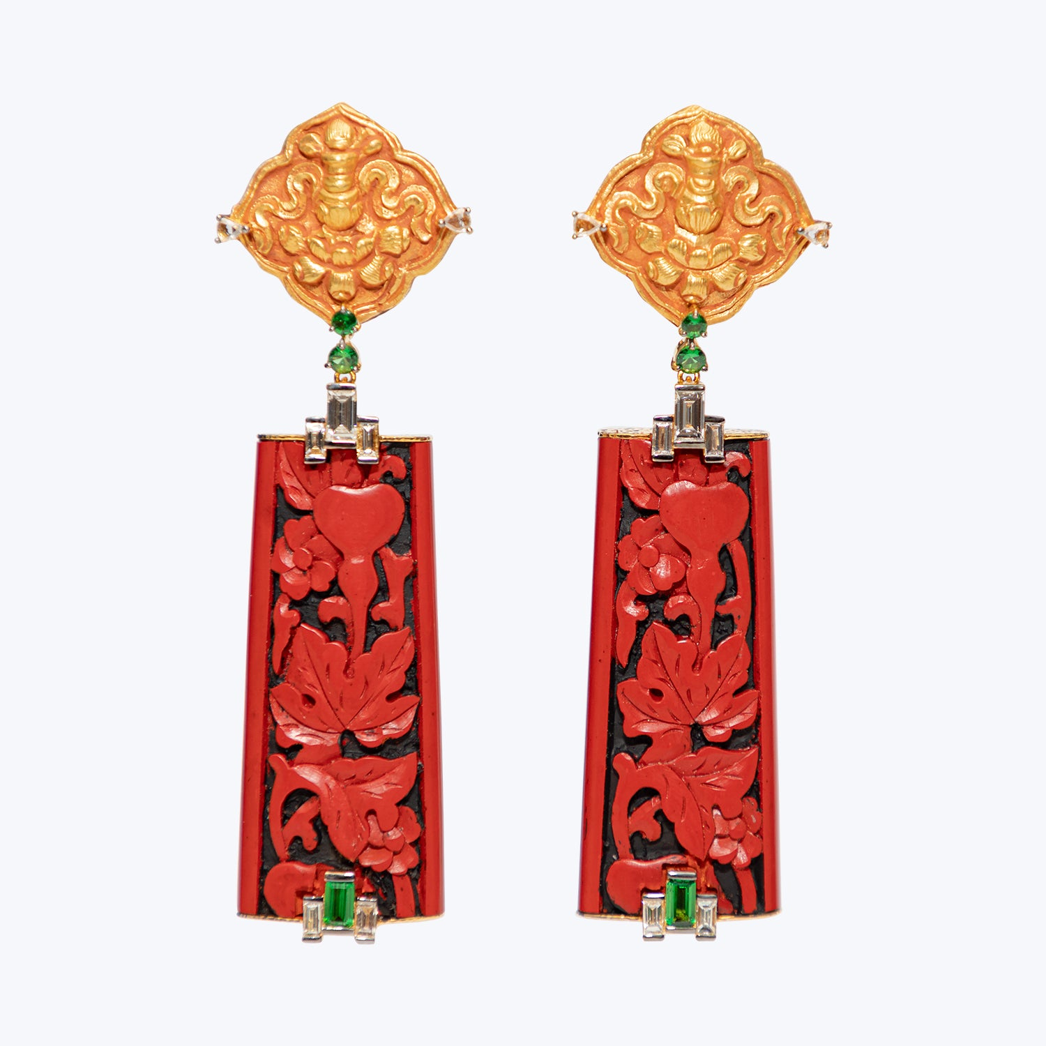 Cinnabar Lacquer Earrings with Buckle Flower , Diamonds and Tsavorite