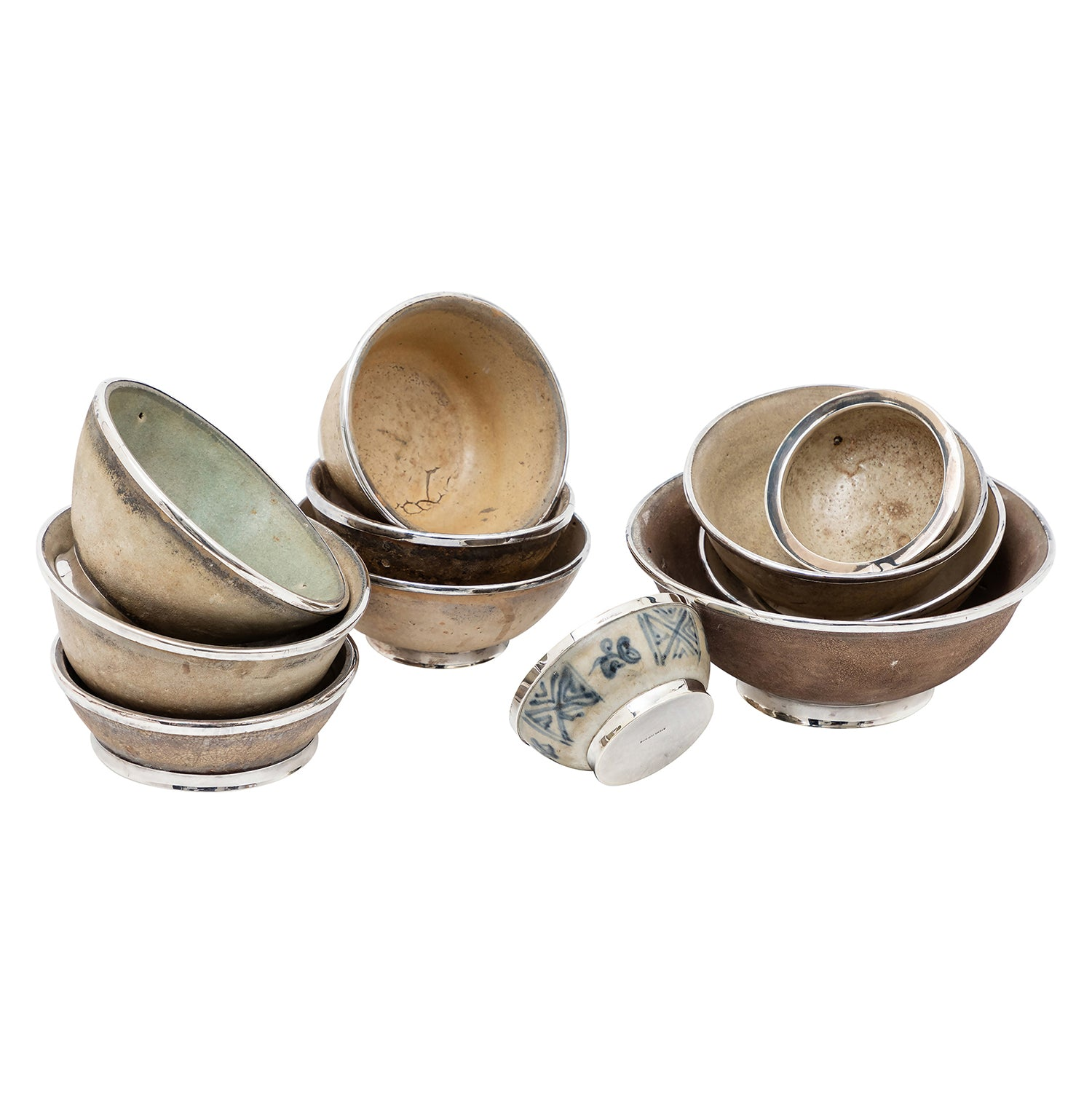 Ming Dynasty Shipwreck Bowls (Set of 11 Pieces)