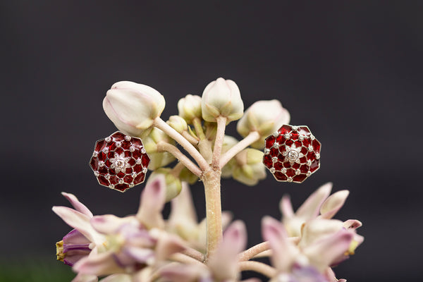 Enamelled Earrings with Diamonds in 10K Gold
