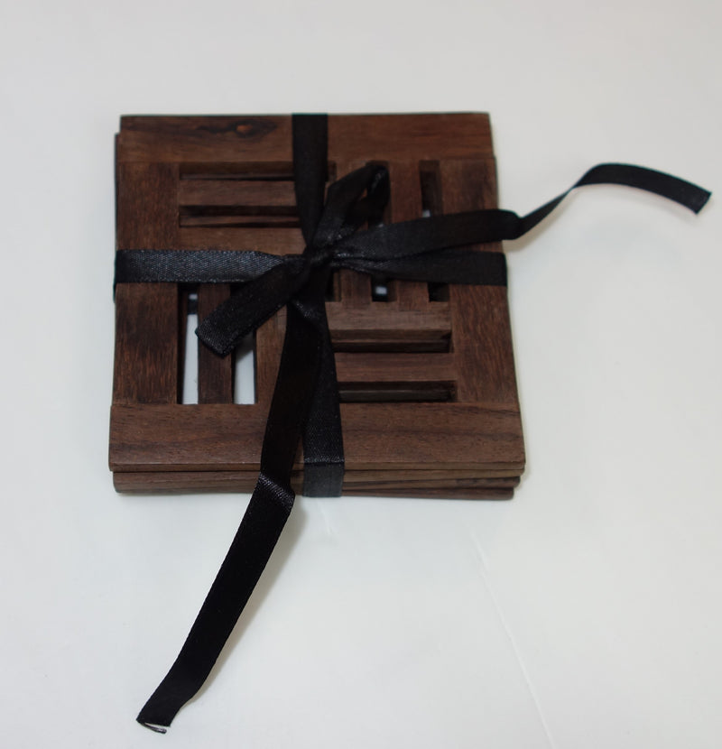4 pcs square wood coaster tied with ribb