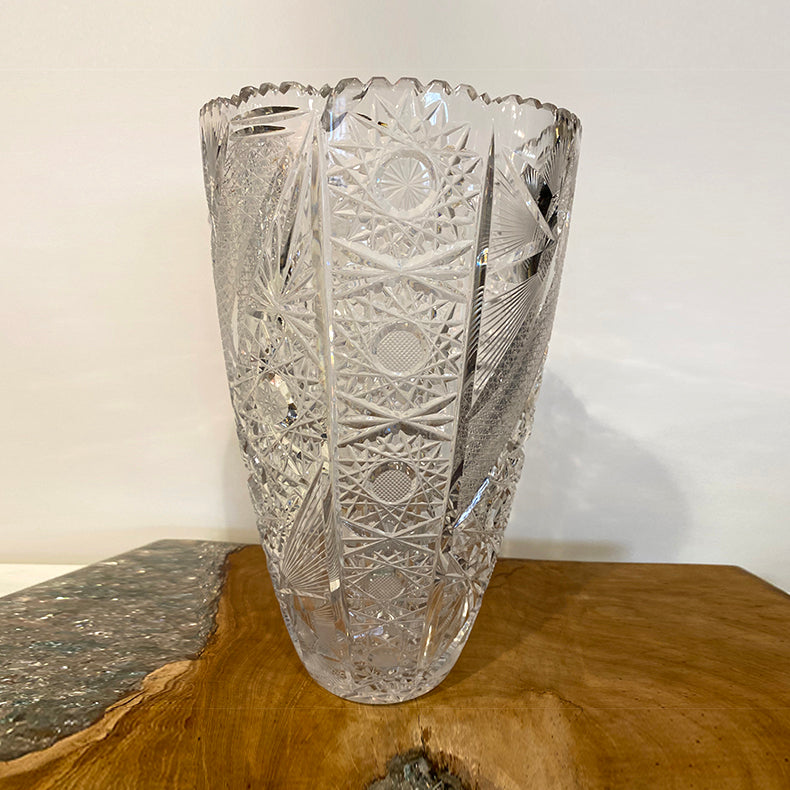 Crystal engraving vase