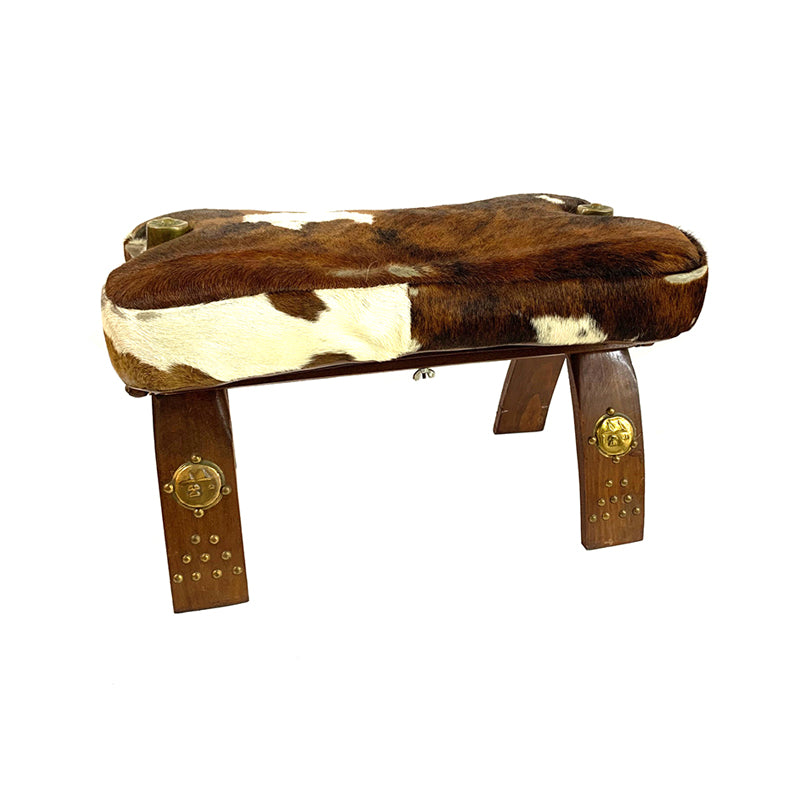 Camel back saddle stool