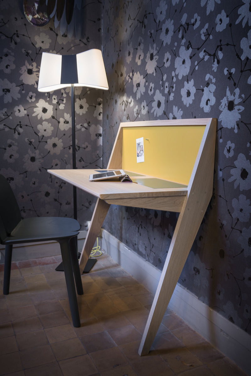 COMPAS desk small places slick modern design, france Druget Labo hidden drawers