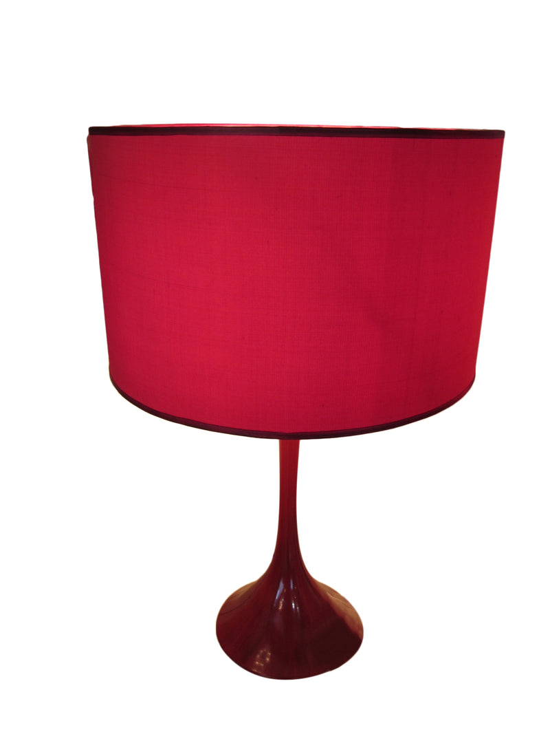 Styled 1950, Paloma comes with silk lamp shades in tulip base.