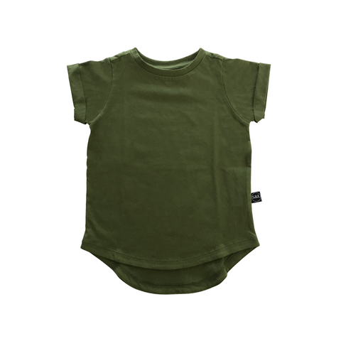 Basic Drop Tail Tee - Pine Green - Sebi & Lucas