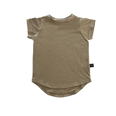 Basic Drop Tail Tee - Beige - Sebi & Lucas