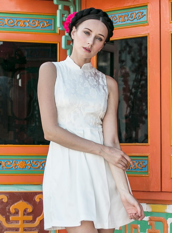 Ya Qi Pao in White