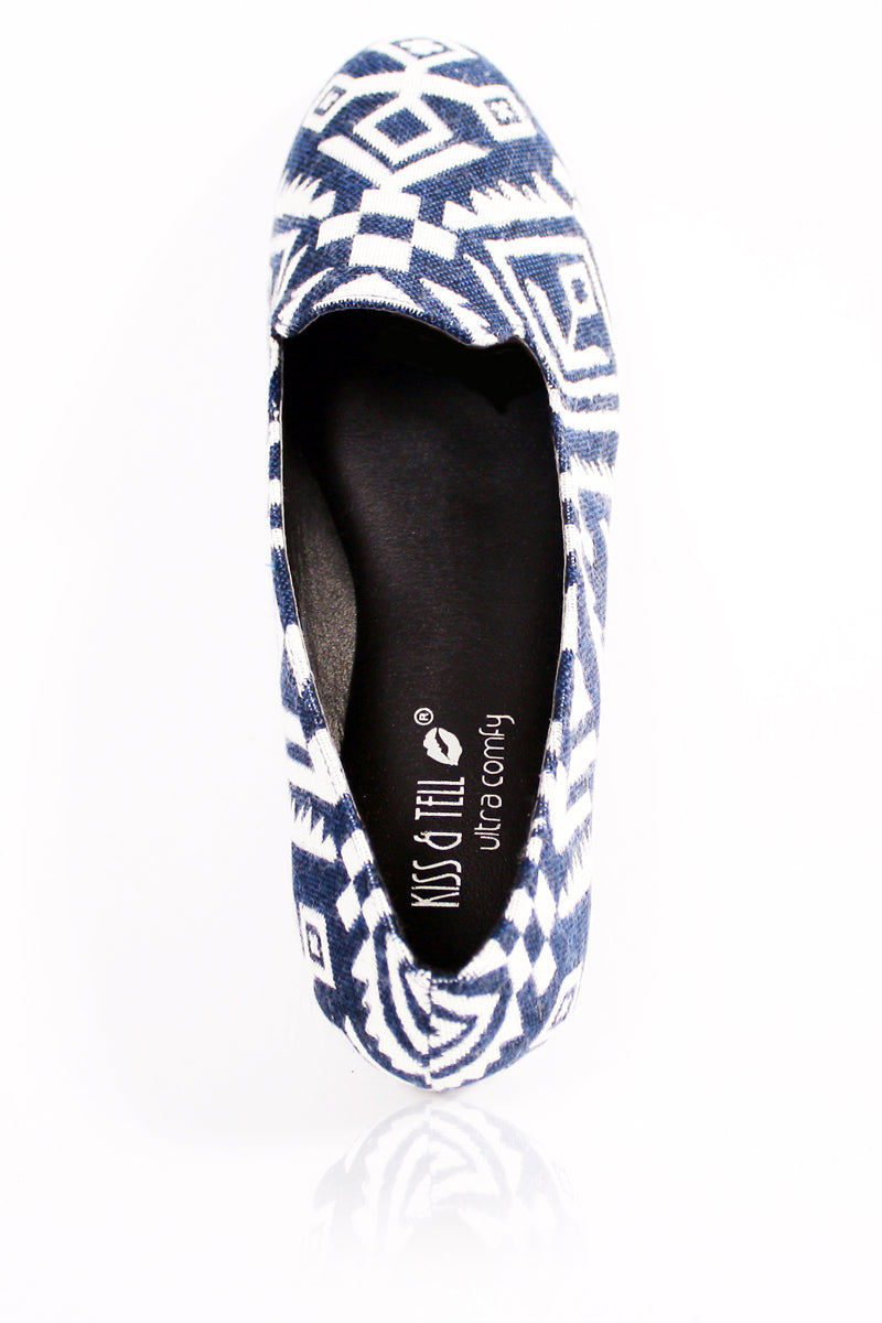 Leah Flats in Blue