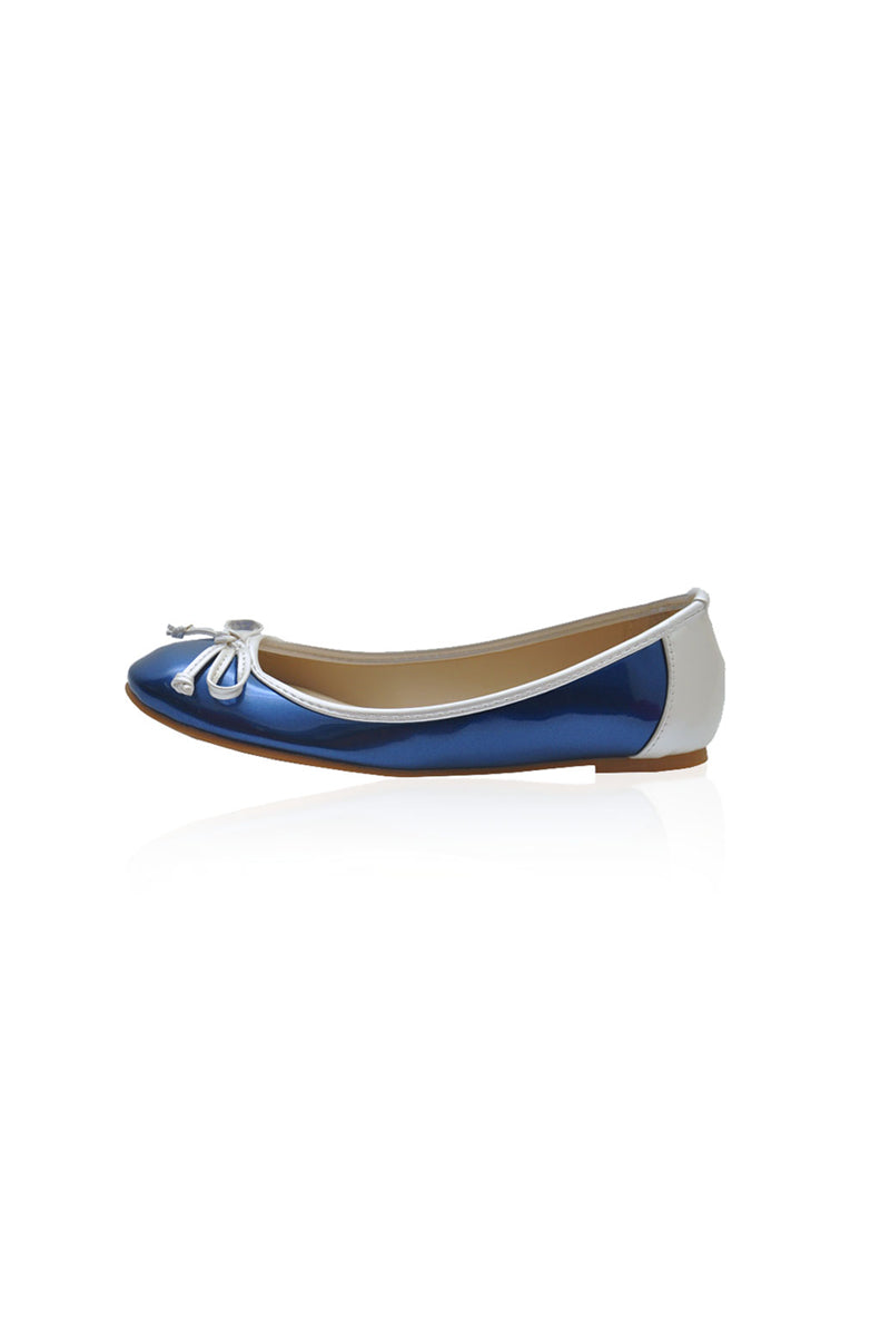 Lauren Flats in Blue