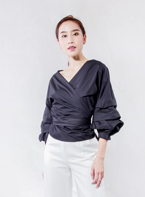 Victoria Blouse in Black