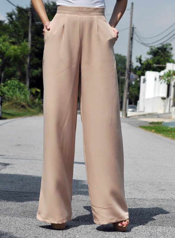 Lara Pants in Almond Nude