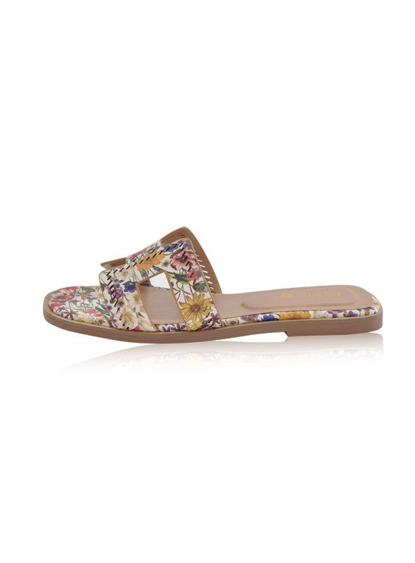 Alison Flats in White Floral