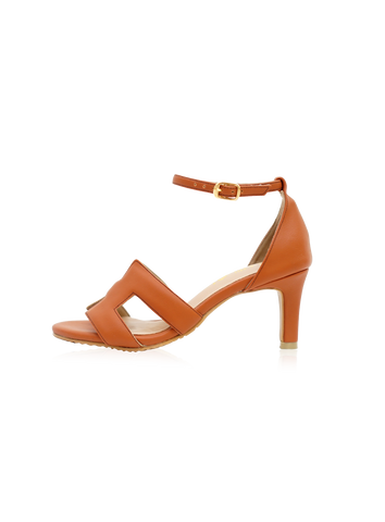 Finley Heels in Tan